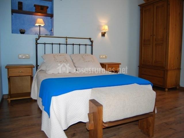Dormitorio matrimonio en azul