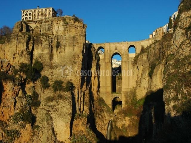 Tajo de Ronda y su puente de CarlosV
