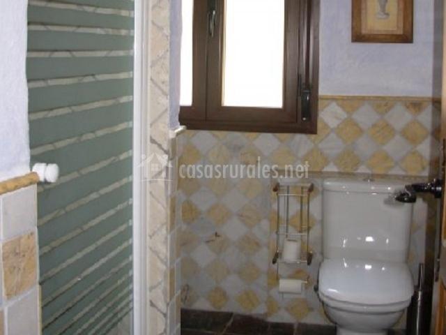 Almena rural segura en segura de la sierra ja n - Ver cuartos de bano con plato de ducha ...