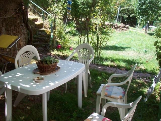 Casa de campo en san adrian de juarros burgos - Casa muebles jardin ...