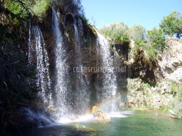 Salto de agua de la cascada de Calomarde