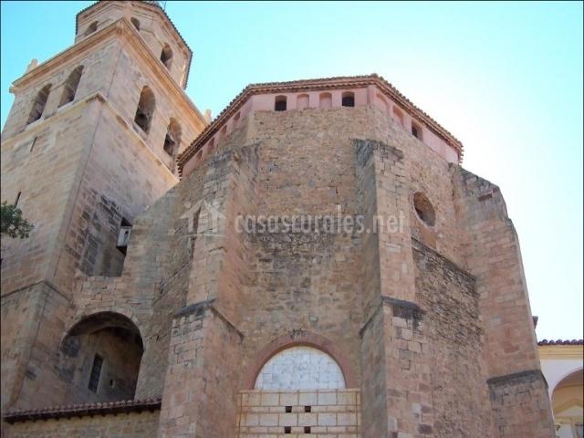 Vista general de la catedral de Albarracín de periodo románico