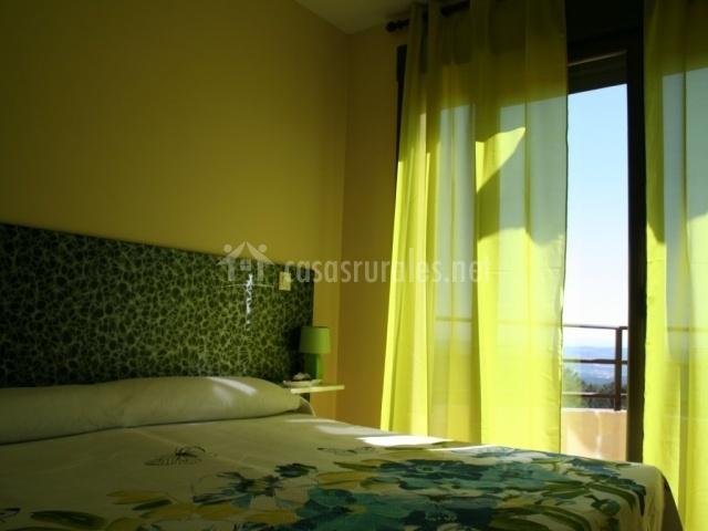 Dormitorio suite con terraza
