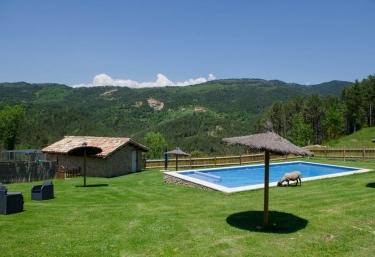 Casas rurales en castellar del riu con piscina - Alquiler casas rurales barcelona ...