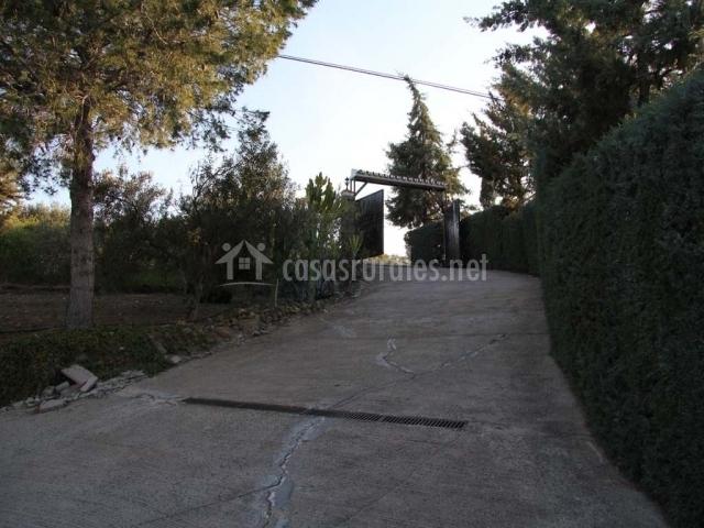 Camino de acceso a la casa
