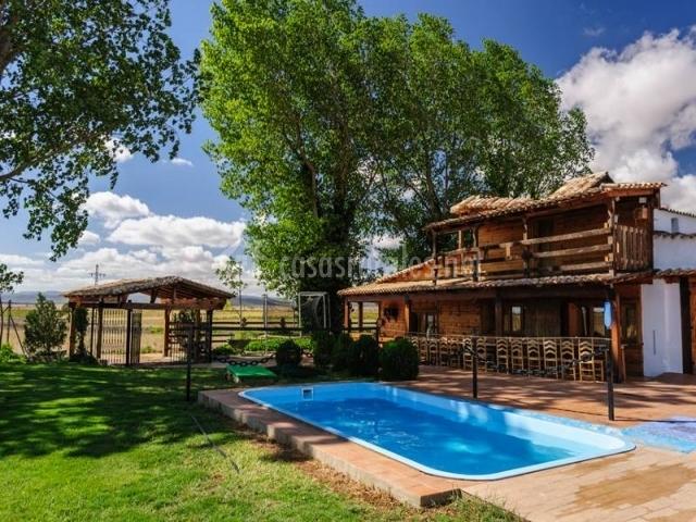 Casa rural el para so en casas de ves albacete - Casa rural el paraiso ...