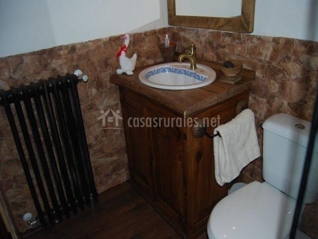 Aseo común de la casa con ducha