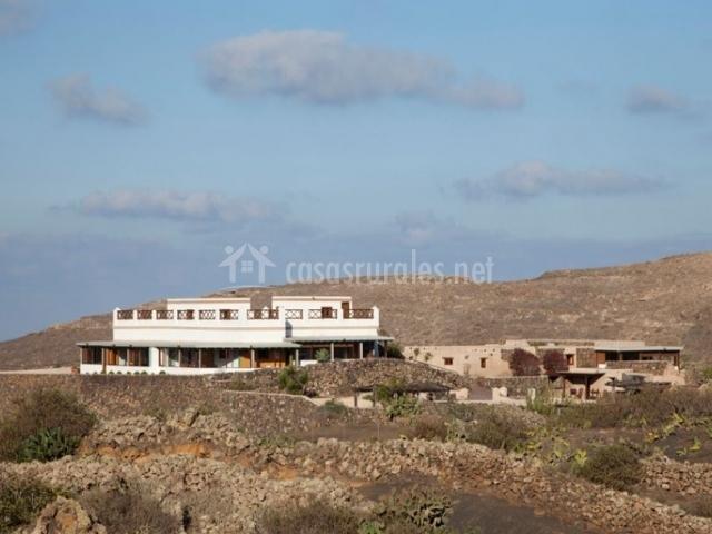 Vistas de la villa desde el exterior
