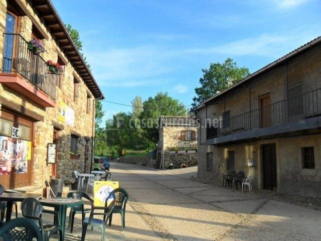 Vistas del bar con terraza