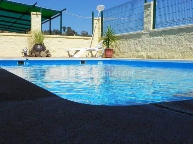 Vistas de la piscina del recinto