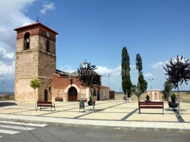 Cembranos y su iglesia