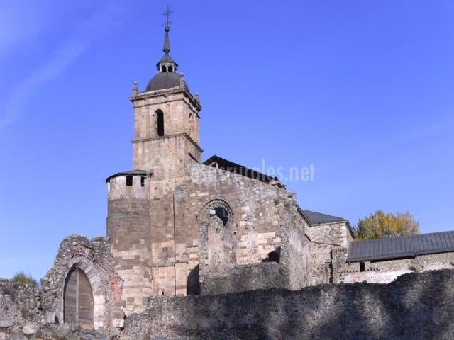 Monasterio Carracedo del Monasterio Santa Maria de Carracedo