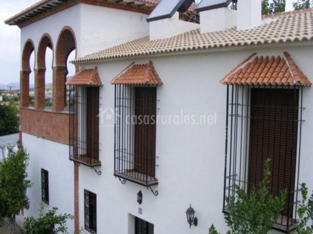 Vistas de la fachada con ventanas