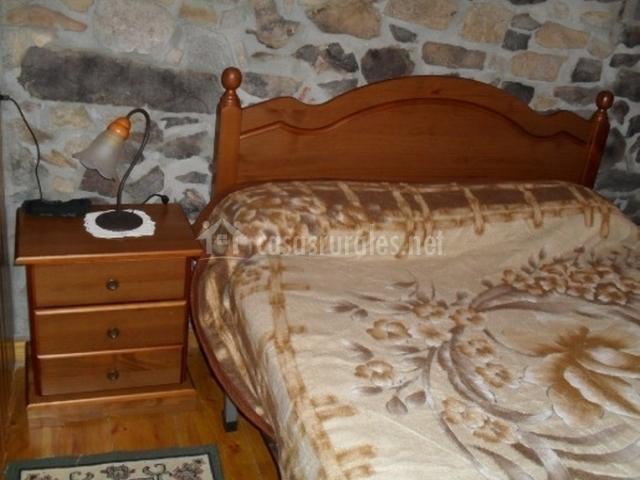 Cama de matrimonio de dormitorio doble
