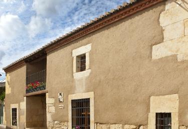 Casas rurales en santa clara de avedillo con barbacoa - Apartamentos las lilas ...