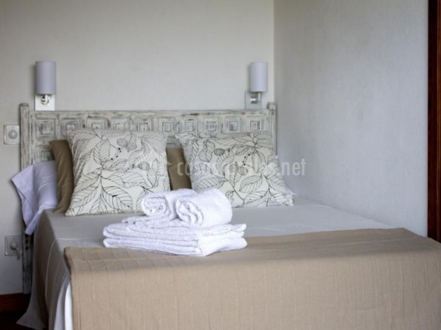 Detalle de las toallas en una habitación