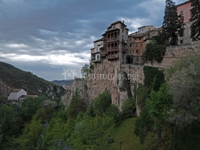Casas colgantes de Cuenca sobre la Hoz del río Huécar