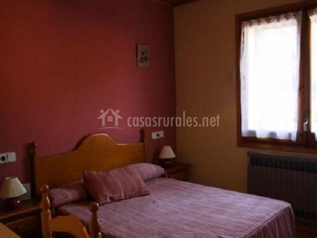 Habitación doble con una cama