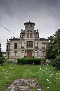 casa donde se rodo el orfanato