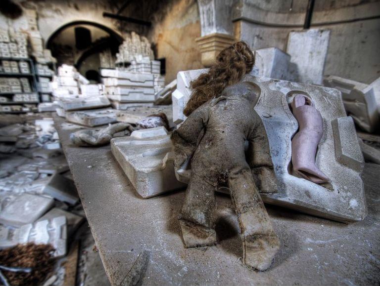 Antigua fábrica de muñecas