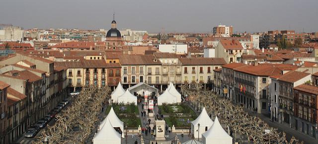 Alcalá de Henares. Plaza de Cervantes