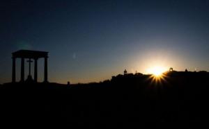 Los Cuatro Postes al amanecer