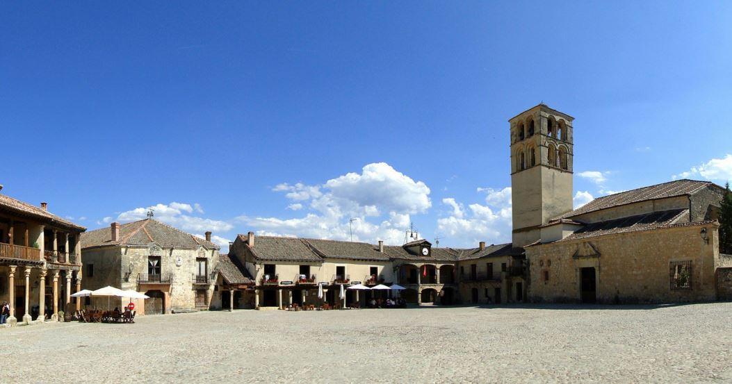 Panorámica de la plaza de Pedraza