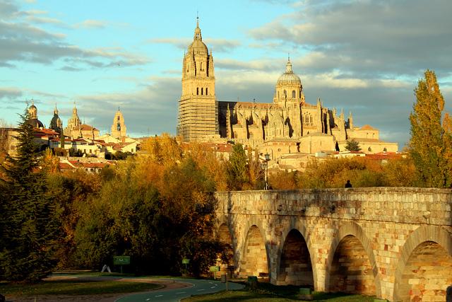 El puente romano y vistas