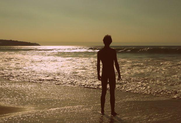 Nudismo en la playa