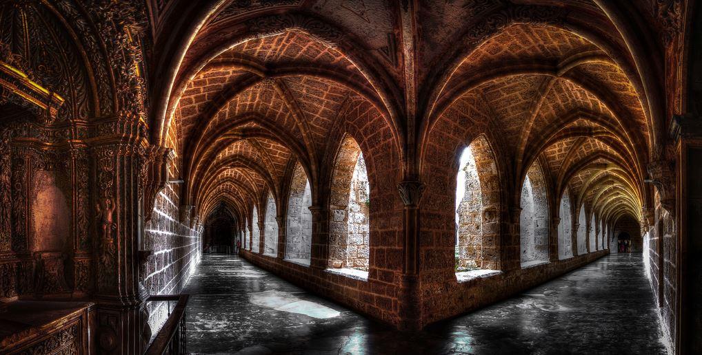 Interior Monasterio de Piedra