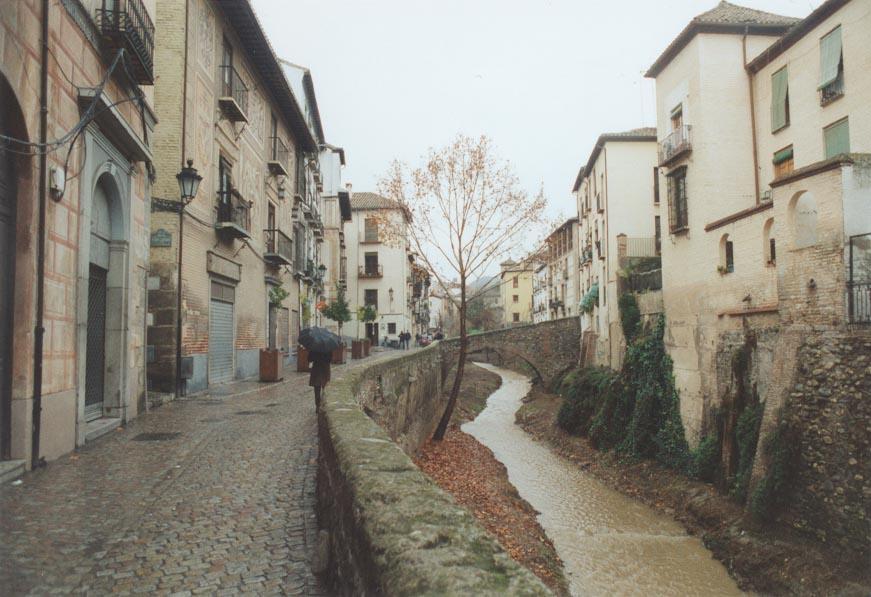 Barrio de Albacin junto al Aljibe del Rey_wikipedia