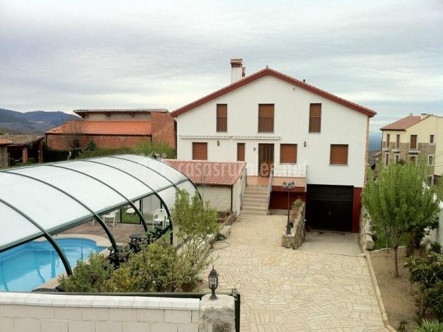 Refugio de La Covatilla-Casasrurales.net