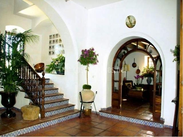Hotel cortijo barranco en arcos de la frontera c diz - Maderas para arcos ...