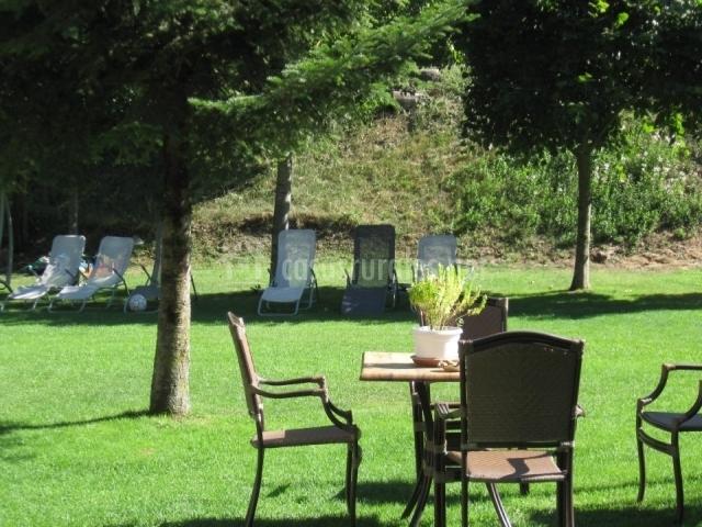 Casa rural puyuelo en sarvise huesca for Casa rural casa jardin