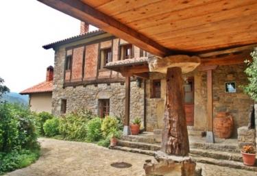 Hotel Rural La Montaña Mágica - Vibaño, Asturias