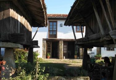 Casa del Naturalista - Arguero, Asturias