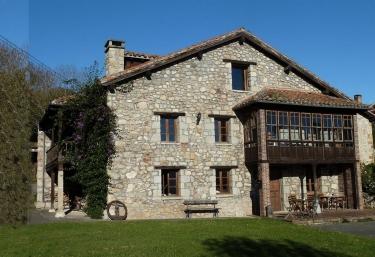 Casa La Cortina - Pandiello (Cabrales), Asturias
