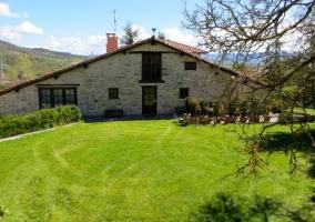 Casa Rural Sagasti Zahar