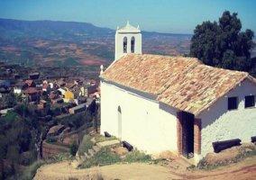 Iglesia en lo alto del pueblo