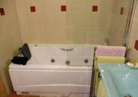 Dormitorio Tila con baño