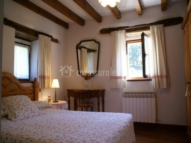 Dormitorios donde predomina la madera