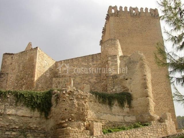 Cortijo de la merendera en moratalla murcia for Muebles castillo murcia
