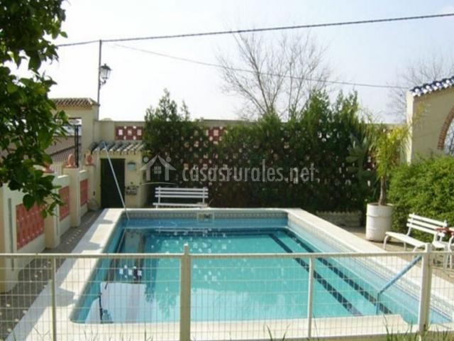 Casa el tamboril en aznalcazar sevilla - Casas con piscina en sevilla ...