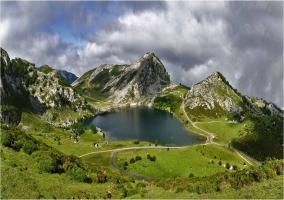 Lagos de Covadonga. Uno de los lagos