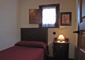 Dormitorio individual en madera
