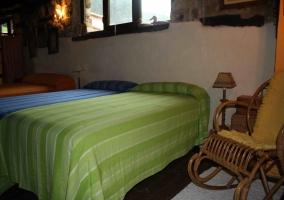 Dormitorio y mecedora
