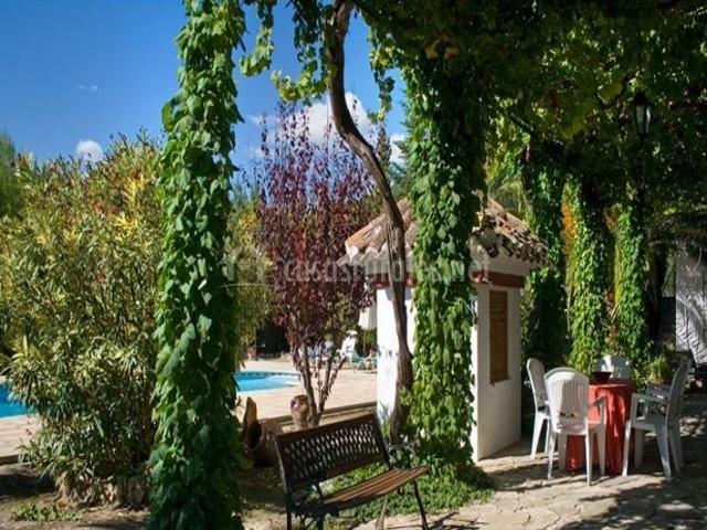 Casa pujola i casas rurales en moratalla murcia for Casa rural con jardin