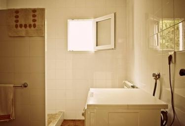 Aseo de la casa con la ducha