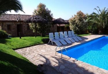 casas rurales con piscina en comarca de la vera