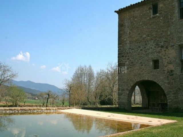 Can capsec en sant pere despuig girona for Casa rural girona piscina